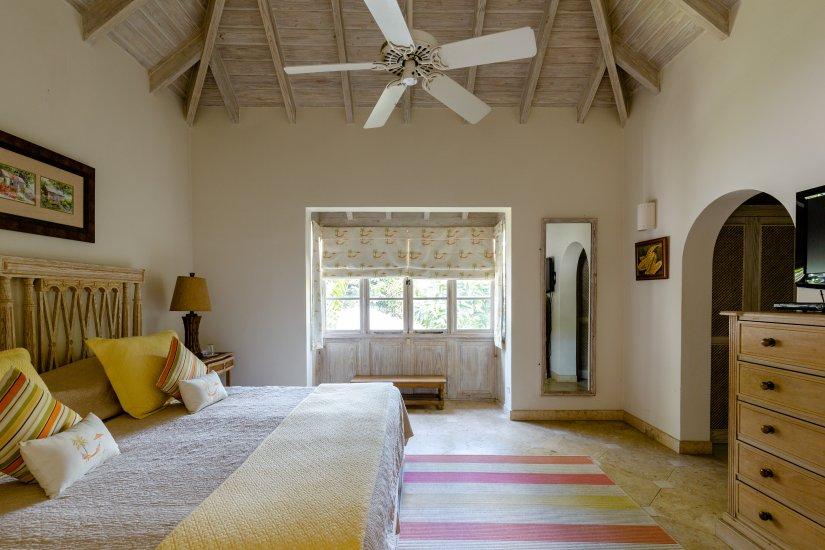 Laura's Room